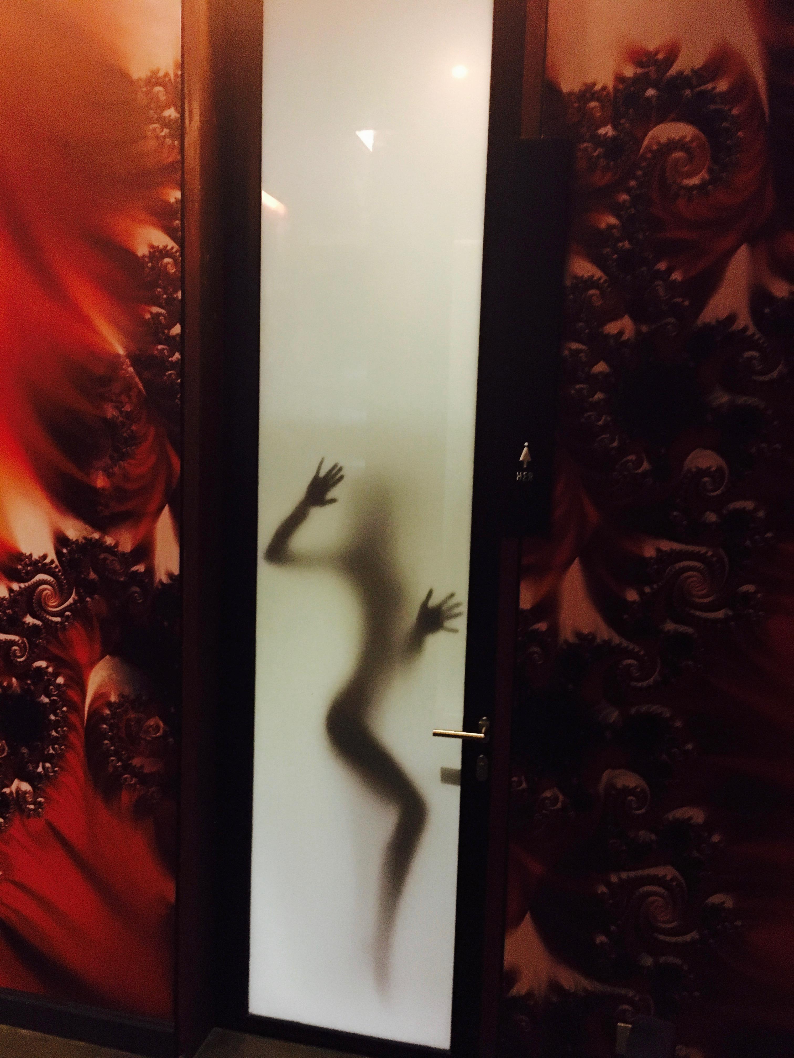 bathrooms (22)