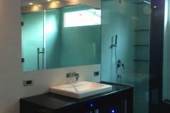 bathrooms (12)