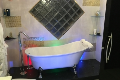 bathrooms (7)