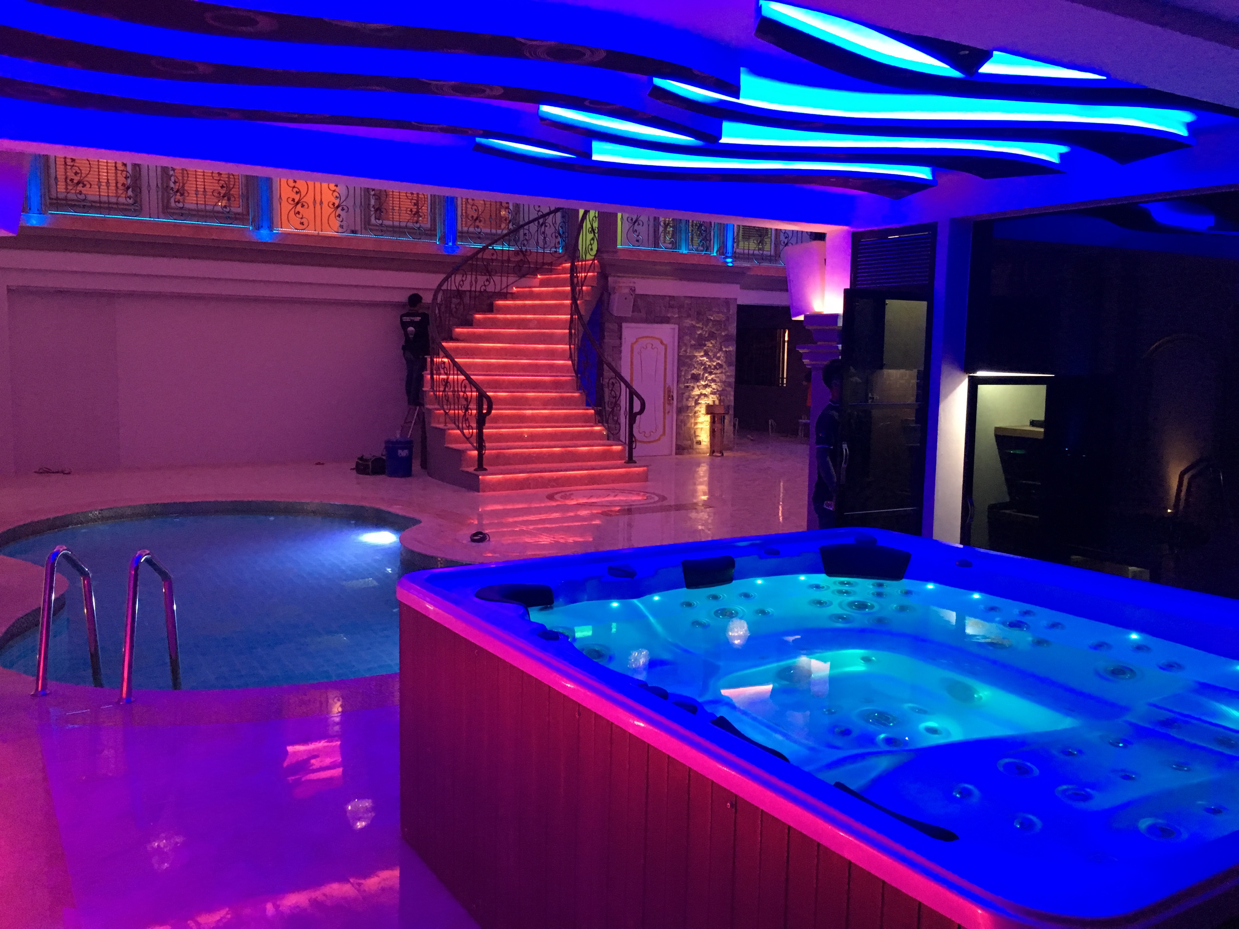pool (34)